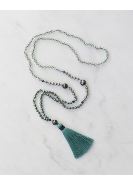 Boho Chic Tassel Necklace with Black Pearl