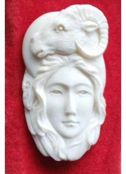 Best Selling Bali Bone Carved Pendant Spirit Model