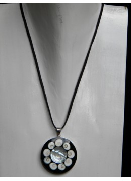 Necklace With Shell Pendant Stainless Made in Bali
