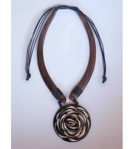 Wooden Choker Necklace Latest