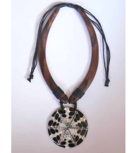 Wooden Choker Necklace New!