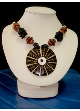 Beaded Necklace Pendant Manufacturer