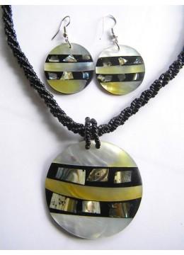 Necklace Pendant Set New!