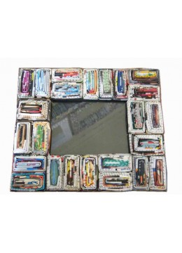Recycle Art Paper Frame