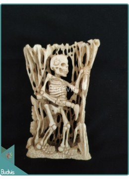 Bone Carving Lonely Skeleton Ornament