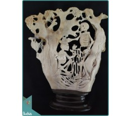 A Lovely Couple Skeleton Under The Tree Bone Carving Ornament