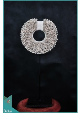 Necklace Shell Rounded - Small Decorative On Stand Interior