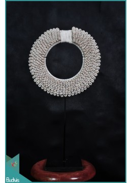 Necklace Shell Rounded - Medium Decorative On Stand Interior