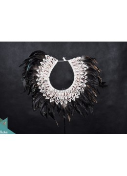 Primitive Shell Decoration Tribal Necklace Black Feather Shell Decorative Standing Interior