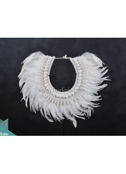 White Feather Primitive Shell Decoration Style Tribal Necklace Standing Home Décor