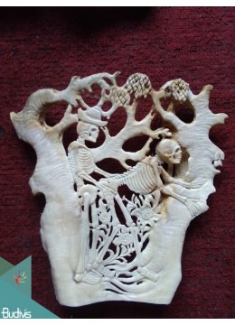 The Skeleton In Love Scenery Bone Carved