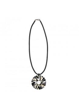 Resin Penden Shell Sliding Necklace For Sale