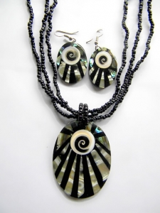 Bali Necklace Bead Pendant Set Made in Indonesia
